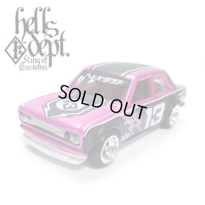 """Photo1: JDC13 【""""HELLS DEPT 9th ANNIVERSARY MODEL VOL.7"""" DATSUN 510 (FINISHED PRODUCT)】 PINK/RR"""